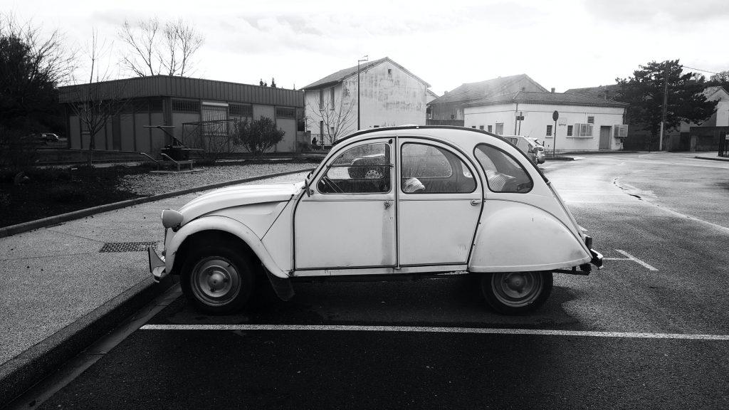 Lelijke eend belastingvrije auto